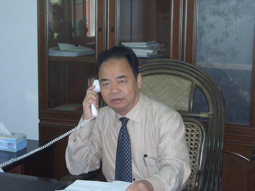 公司总经理黄五湖先生